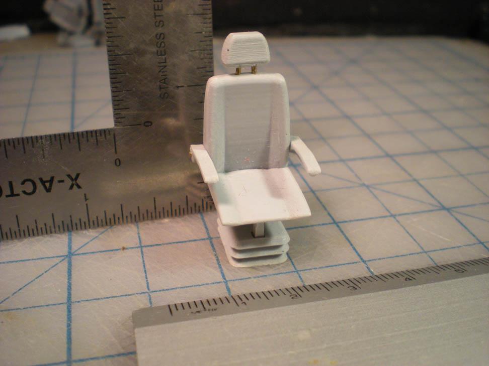 M-40-32 Skipper's Chair